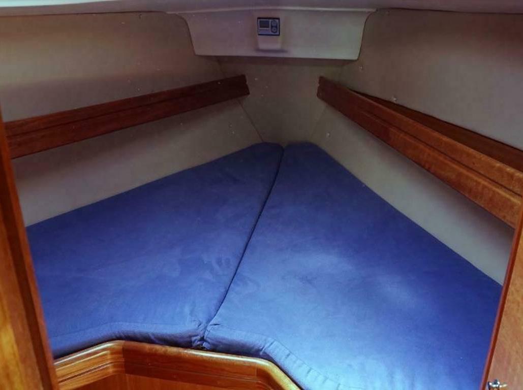 Segelboot Bavaria 30 Hütte vorne