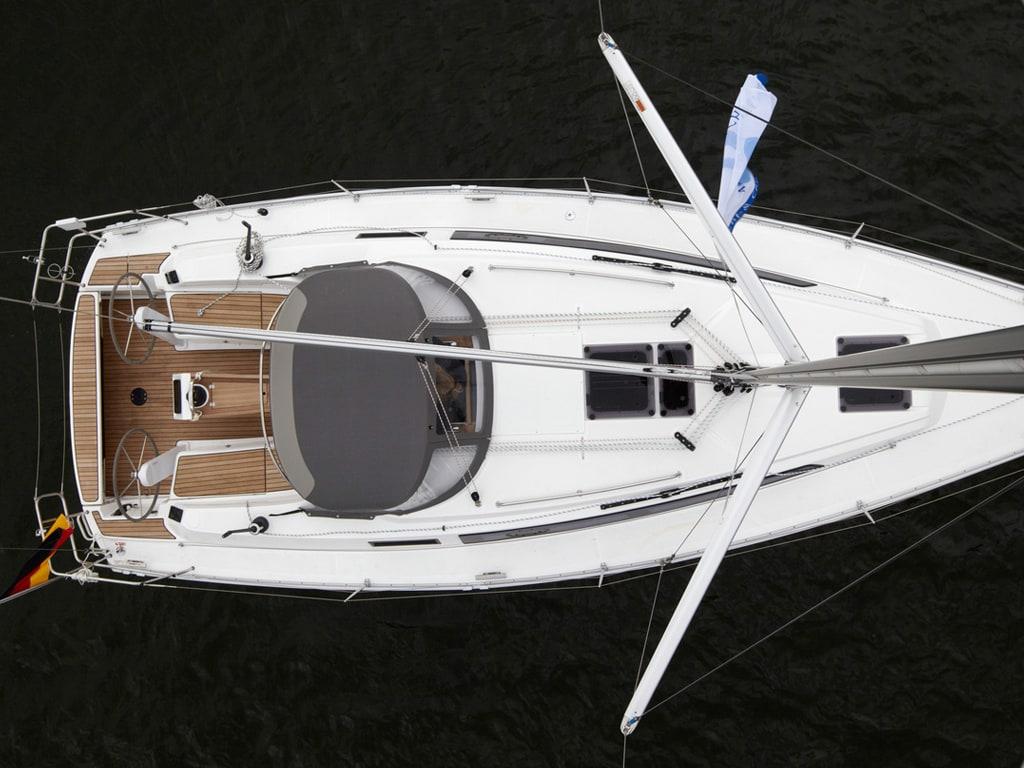 Sailing yacht Bavaria 34 above
