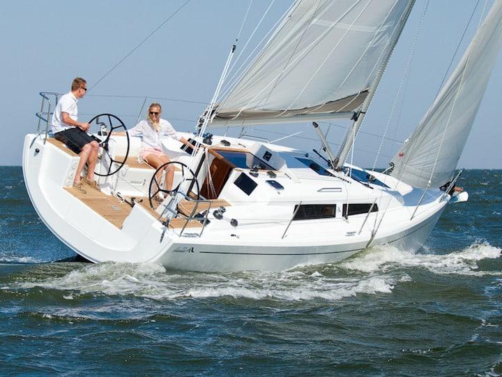 """Sailingyacht Hanse 315 """"Battello Mariti"""" front"""