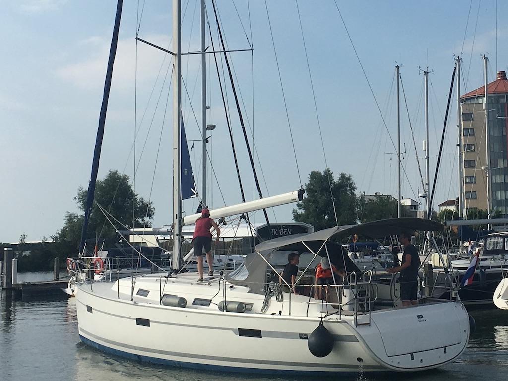 Sailing yacht Bavaria 40