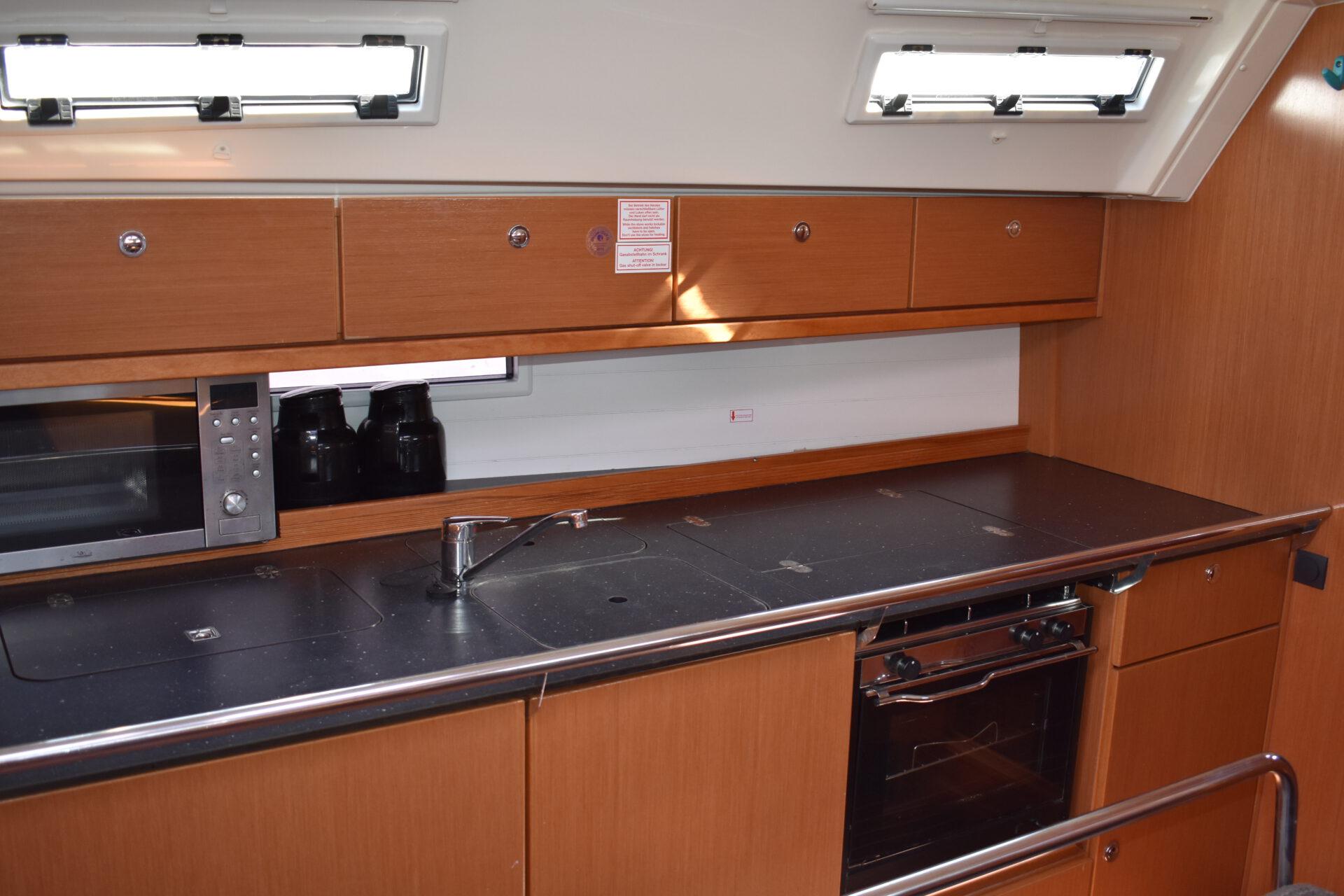 bavaria 40 kitchen
