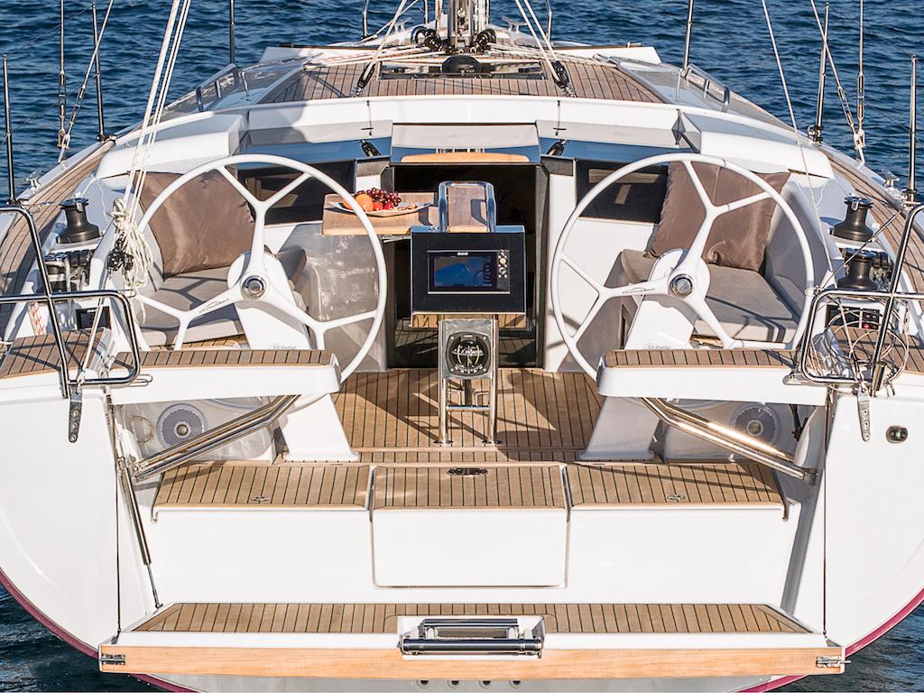 Sailingyacht Hanse 388 cockpit