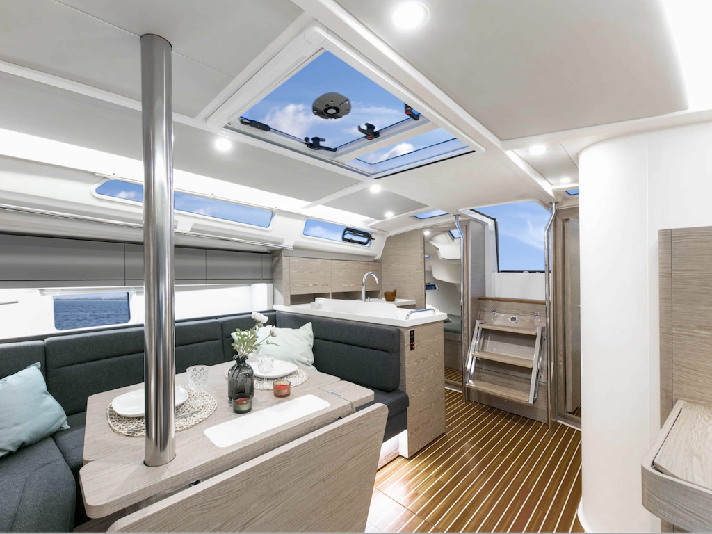 Sailingyacht Hanse 388 salon
